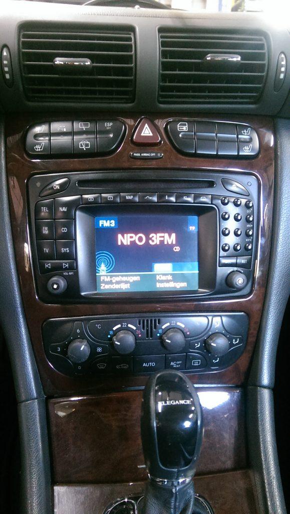 mercedes comand 2 0 radio navigatie auto el ektro salland. Black Bedroom Furniture Sets. Home Design Ideas